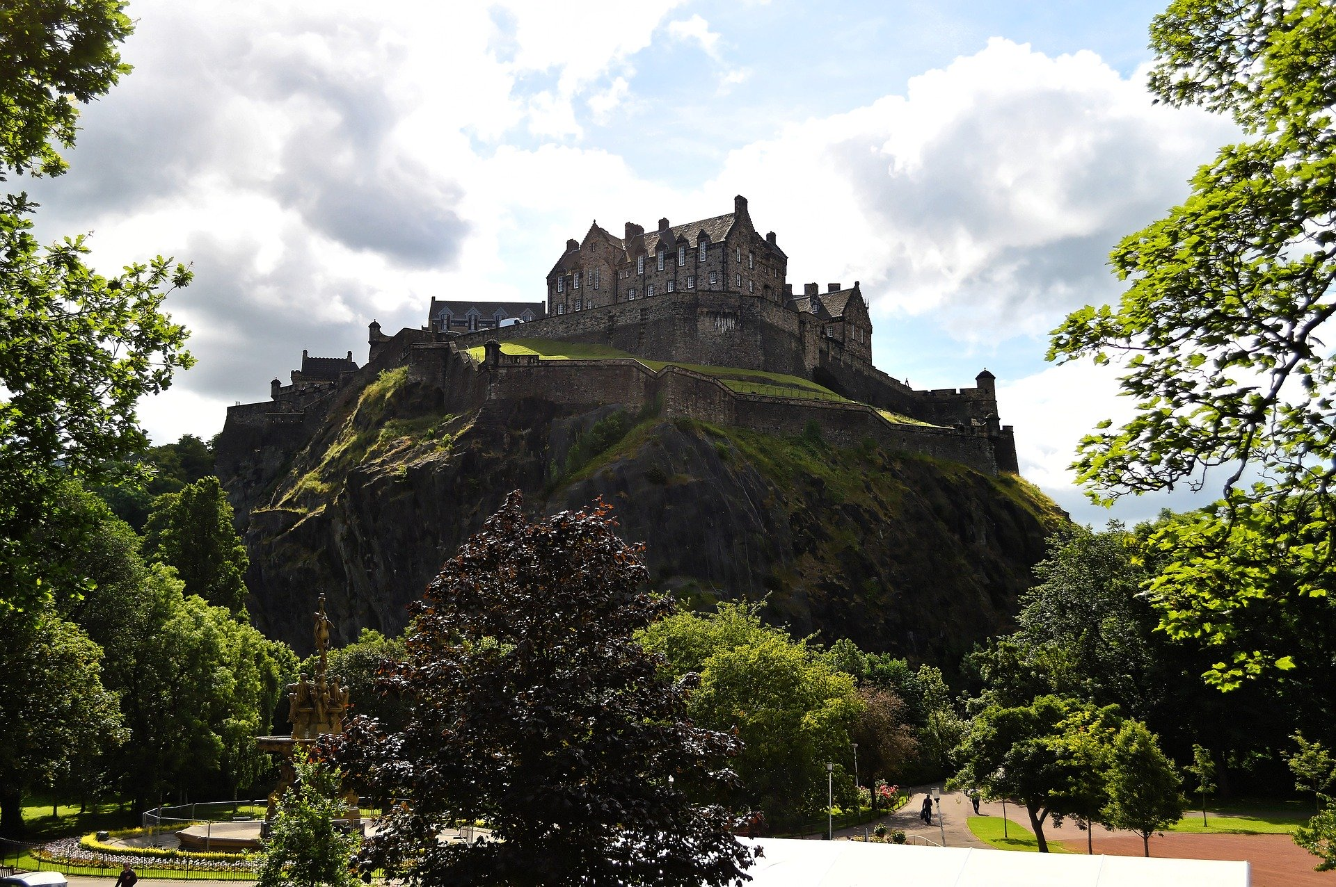Image of Edinburgh Castle
