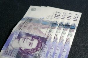 20 pounds bank of England